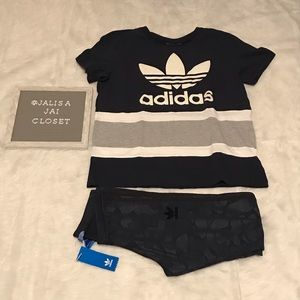Adidas Navy Blue Trefoil Shirt & Camo Leggings Set